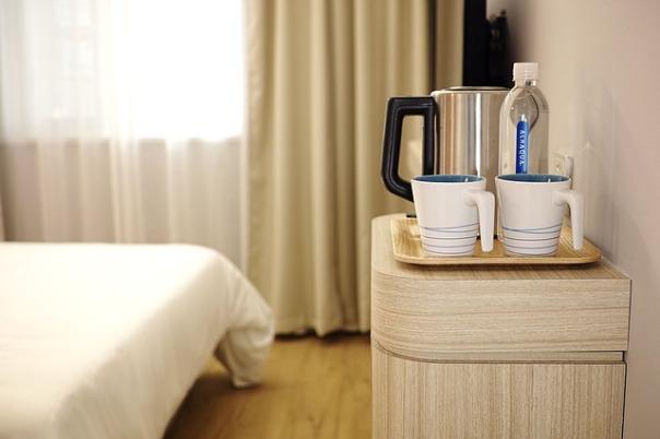 hotel-1330831_640